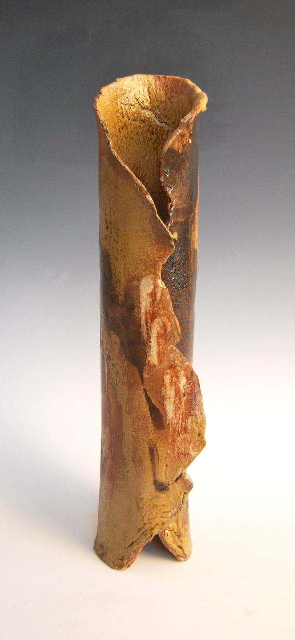 Milton Moon, Vase, stoneware, h50.5cm, 2013-2014. Photo courtesy of Aptos Cruz Galleries.jpg
