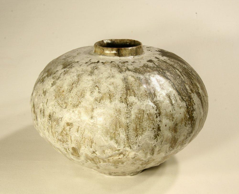 Owen Rye, Round Jar, stoneware.JPG