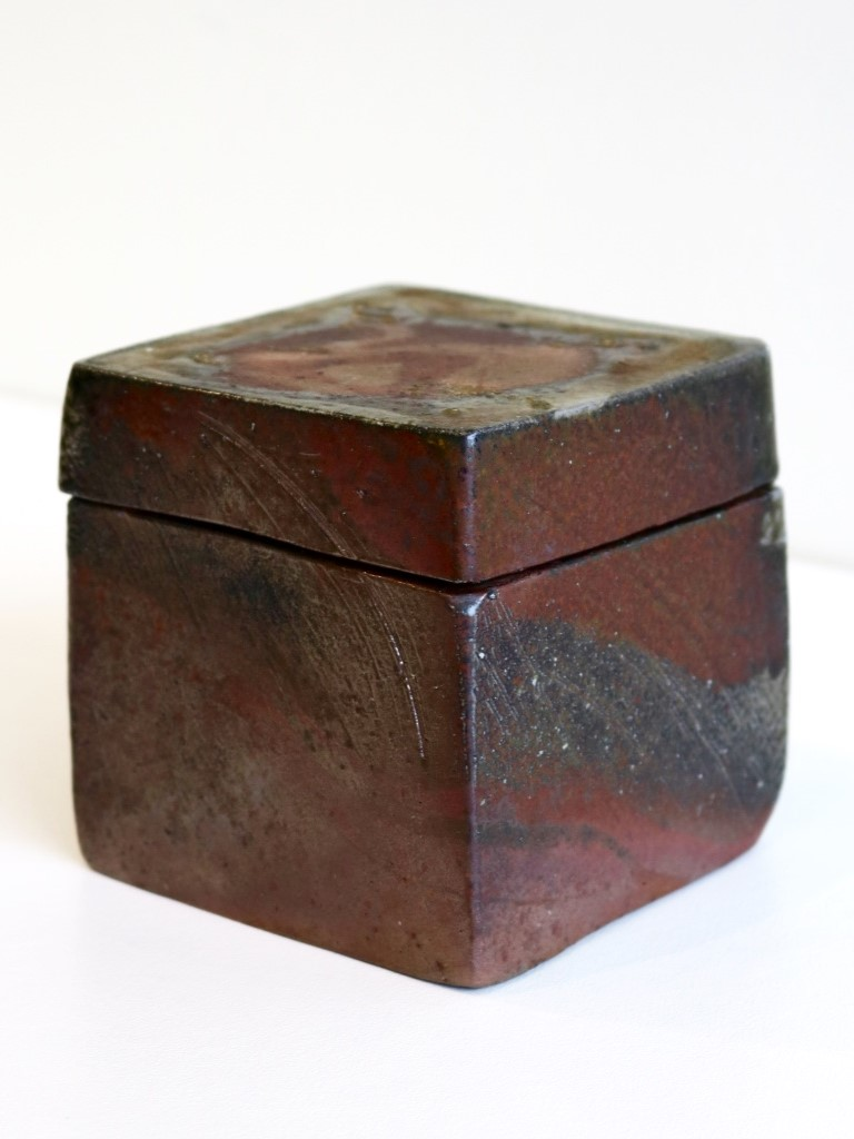 Yuri Wiedenhofer, 46.  Hollowed Block Box,  2018, Tanja clay, high iron / light iron content marbling, 5.5 day wood firing, Yellow Stringy to start, Black Wattle and Hickory, Melaleuca to finish, Pittosporum undulata (green) final stoke SOLD