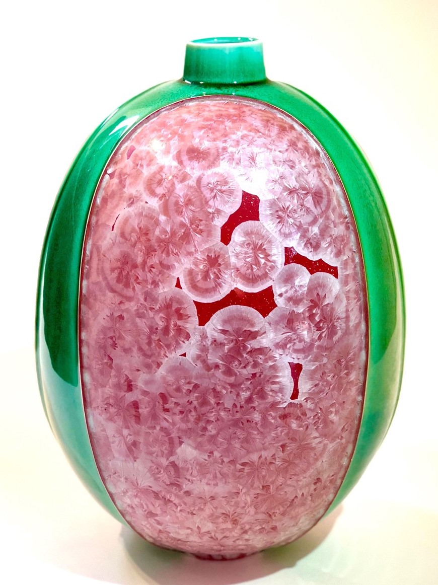 Ted Secombe 9.  Kimono Series , 2018, porcelain, cerise crystalline glaze with emerald green monochromatic panels, H36 x W24cm