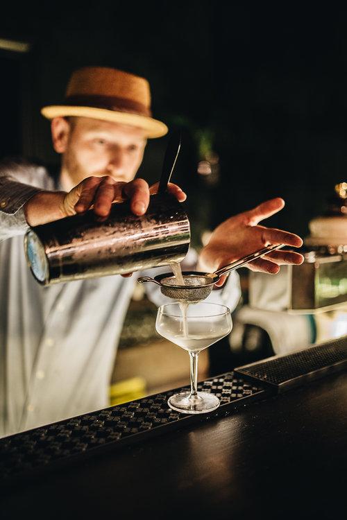 10Basalt+Bar+-+Berlin+Wedding.+A+Botanical+Bar.+Interview.+herzundblut.com.jpg