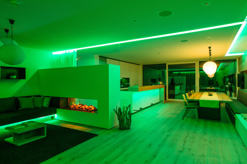Loxone-Showhome-Lighting-Scene-Green.jpg