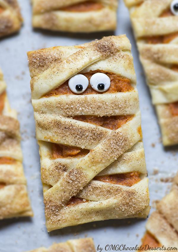 Mummy-Pumpkin-Cookies-1