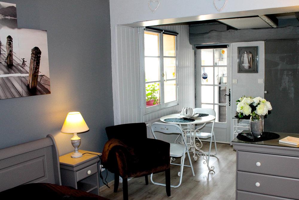 Studio Chambre d'hôtes La réserve 3.jpg