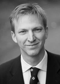 Anders Karlsson Anders Karlsson är professor i matematik och har uppdrag som professor från både Université de Geneva och Uppsala universitet. Tidigare även Lektor på KTH samt Visiting Assistant Professor vid Yale University och Research Fellow of the Royal Swedish Academy of Science. Anders har flera prestigefyllda utmärkelser så som Fullbright Fellowship, Wallenberg Prize, Edlund Prize, med flera.