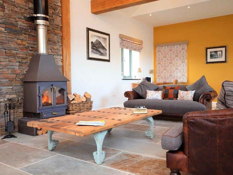 interior-design-alison-bradley-art.JPG