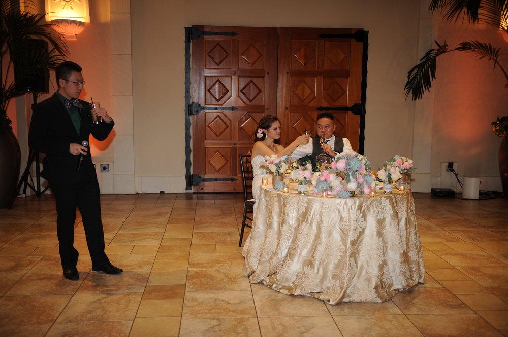 Trang trí tiệc cưới Bàn tiệc
