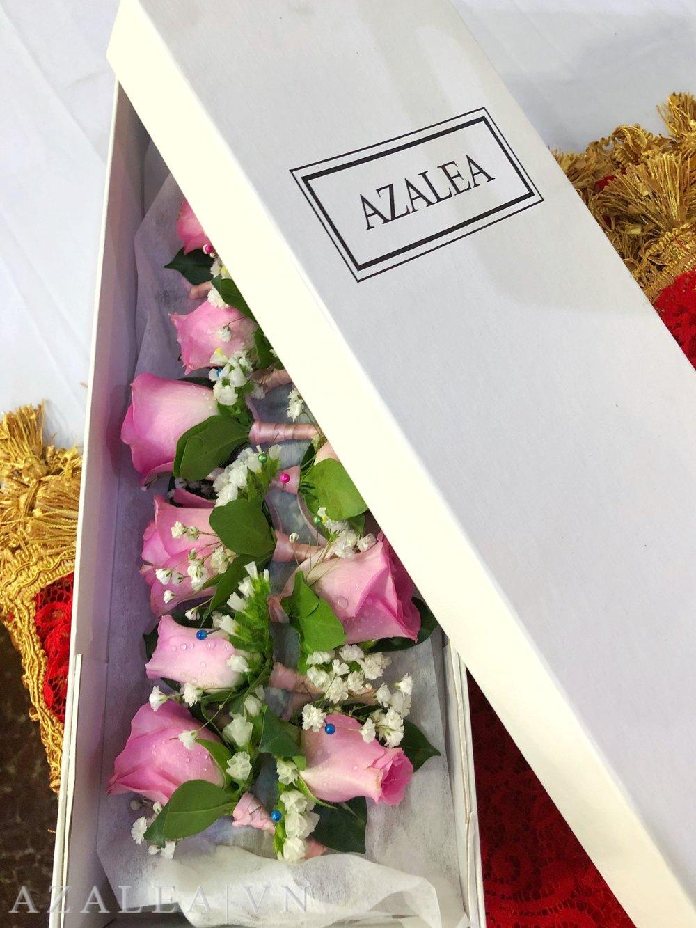 Trang trí tiệc cưới Hoa cài áo