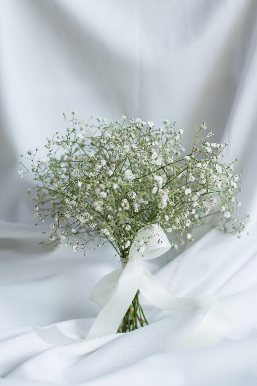 Trang trí hoa cầm tay phù dâu