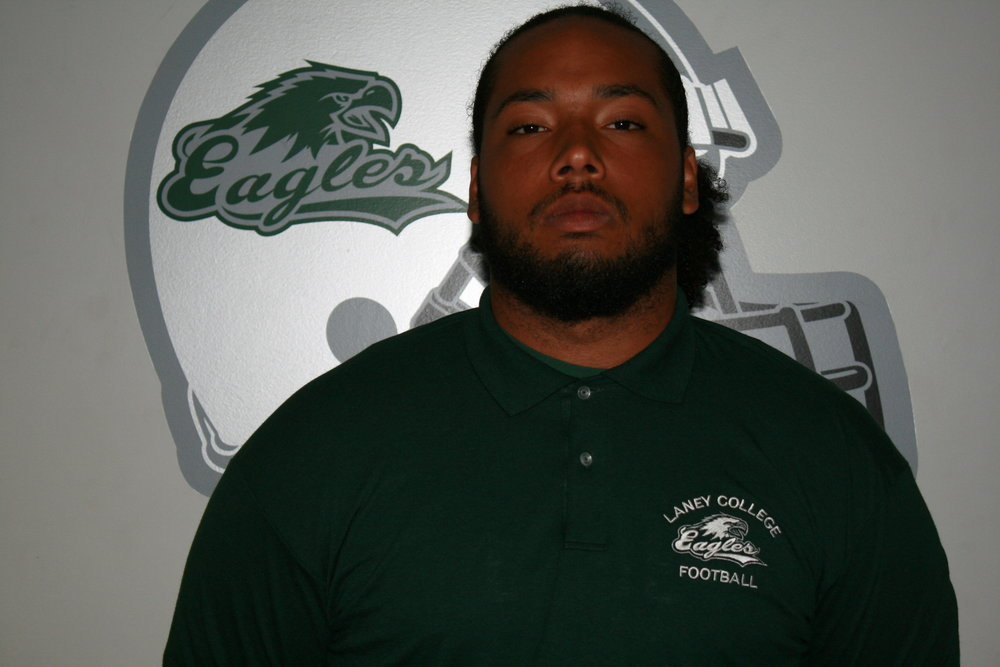 Lineman of the Game - DL Malik McPherson
