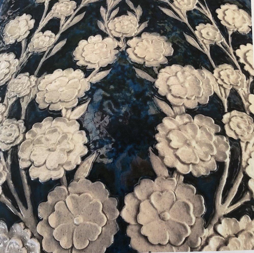 Vase close up.jpg