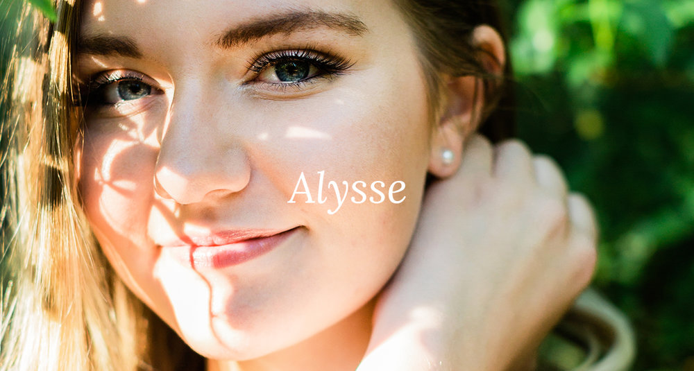 Alysse-Senior-Portraits-37 cover.jpg