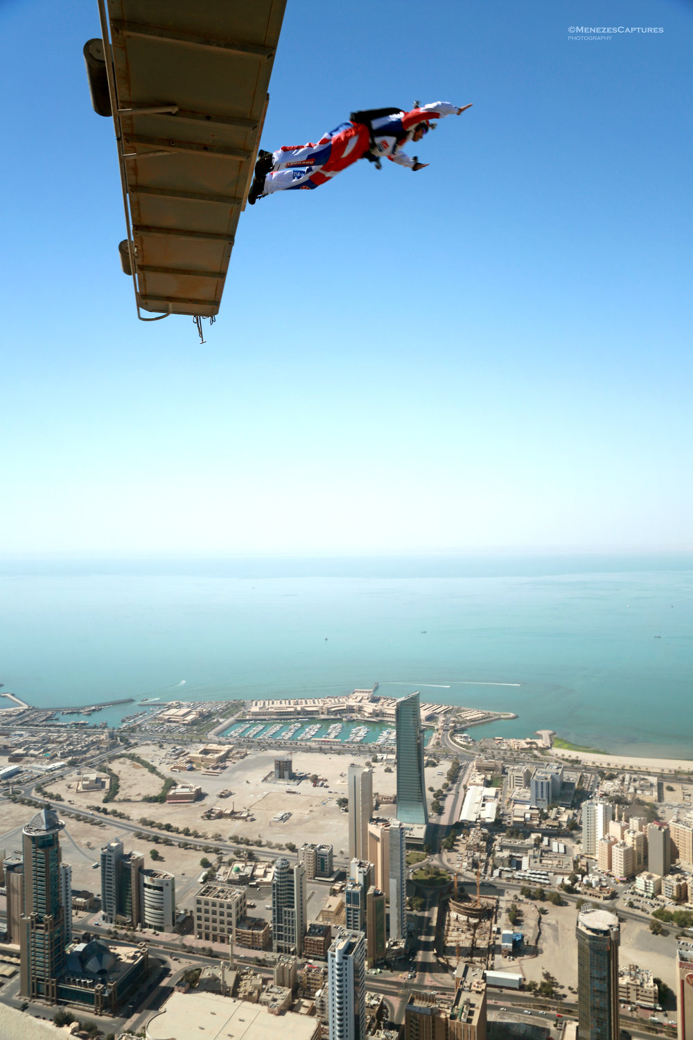Renowned basejumper Chris Mc Dougall leaps off the Hamra Tower in Kuwait City (2013)