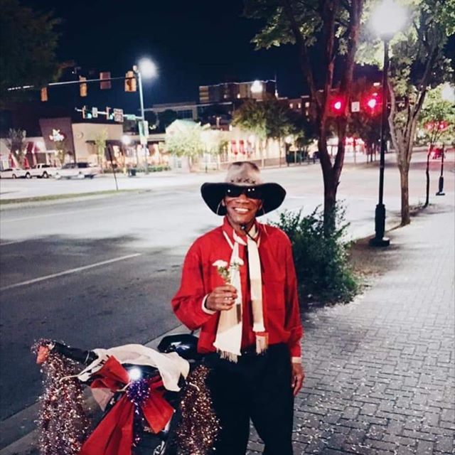 """This post isn't about my work, it's about a man that brought a whole city joy.  Sandy the Flower Man, that is how everyone knows him. When I lived in Chattanooga there wasn't a night where Sandy wasn't in my young adult life.  Always on his bike making his rounds downtown.  The brightest smile and a handful of daffodils, saying the words """"ladies choice""""  He is in every memory from holidays to hanging out with  friends, music events  to some of the heart hurting moments.  He had a way of tethering hearts with his flowers and smile. And how he would say """" Oh My"""" when he heard something funny.. Sandy was in the military, a handyman and he was homeless at one point. But for Chattanooga he was someone that brought all walks of life together, grand marshal, matchmaker, a friend.  A whole City celebrates his life this week and for us that moved away he is in our hearts and memories. Thank you Sandy for all the flowers 💐 kindness, laughter and joy that you brought to us all.  #flowerman #flowers #chattanooga #sandytheflowerman"""