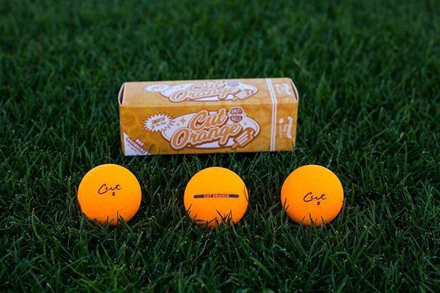 Clockwork Orange 🍊 • • • #scratchnsniff #cutgolf #matte #dank #golfball #golf #golfwang • • 📷 @jrojasmedia