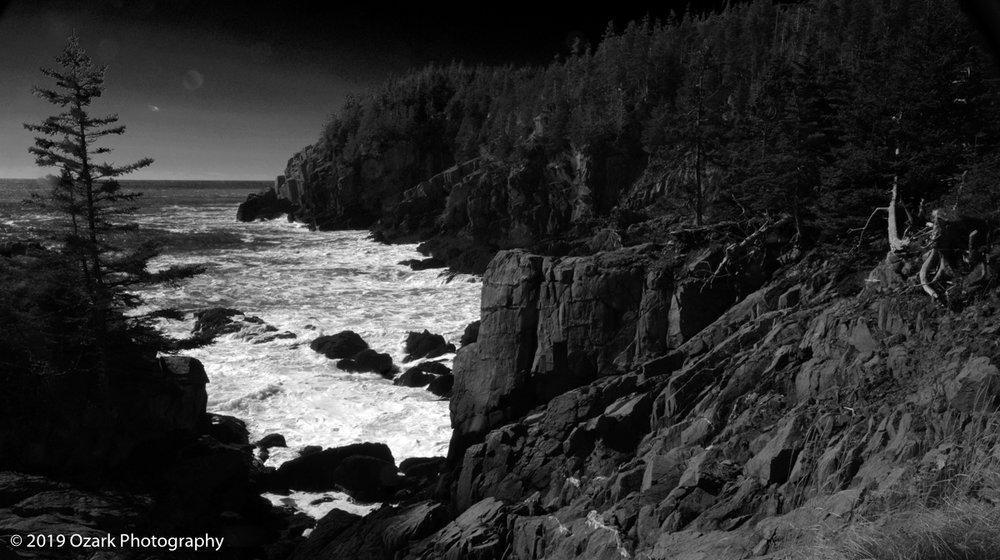 coast bw by light house mod.jpg