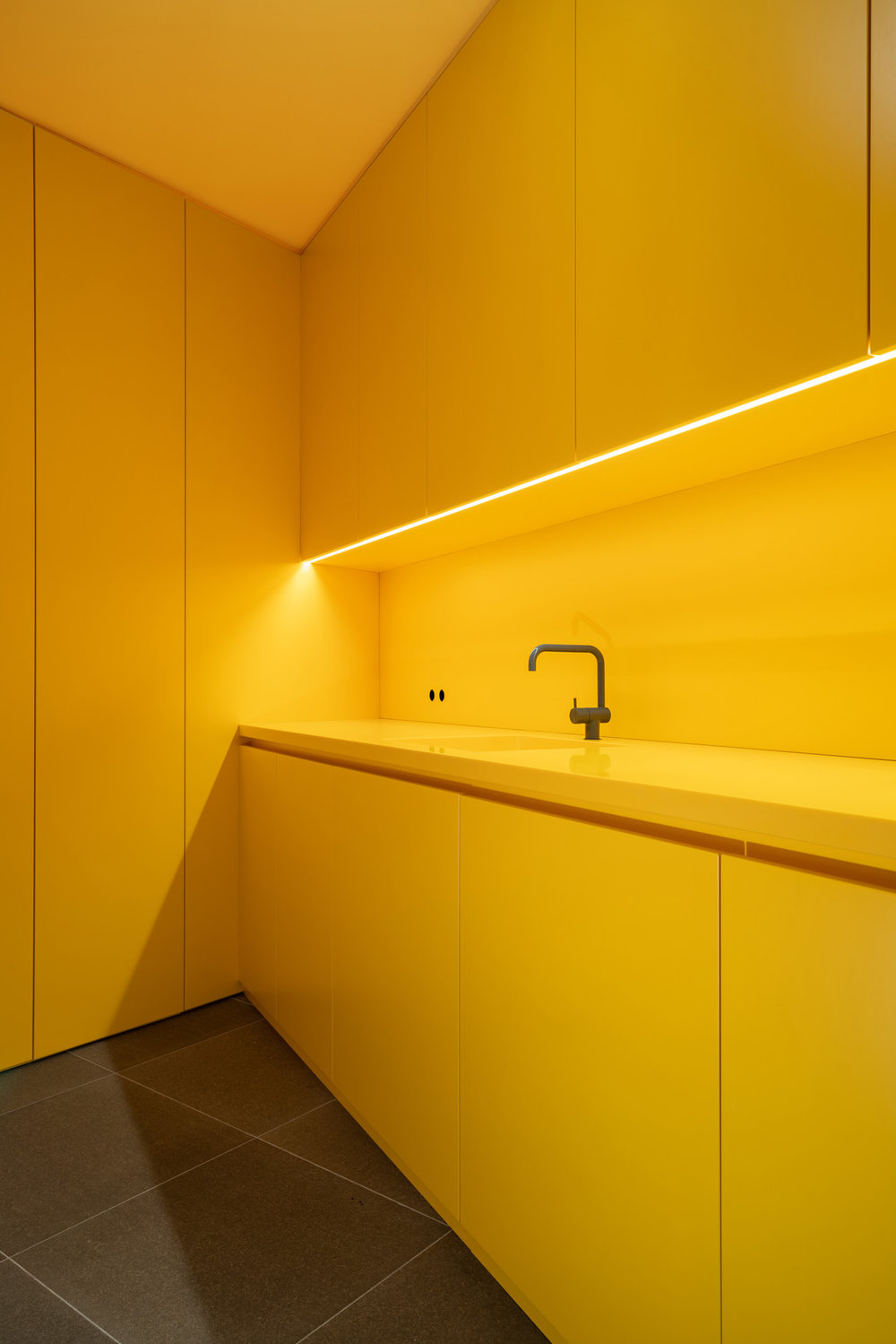 SEBASTIAN ZENKER INTERIOR DESIGN - LAUNDRY ROOM  1.jpg