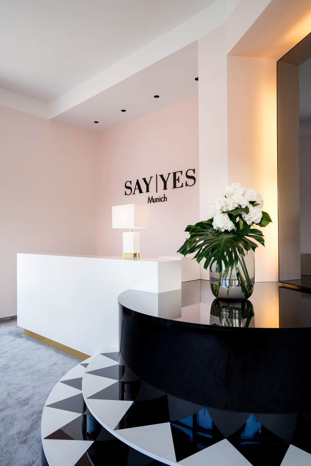 SEBASTIAN ZENKER INTERIOR DESIGN - SAY YES BOUTIQUE 6.jpg