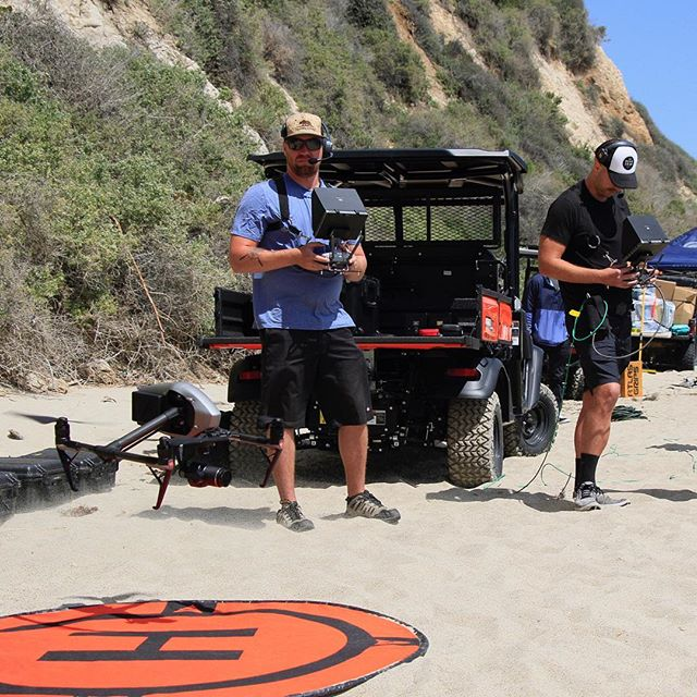 #Repost @shootingstaraviation ・・・ We've been hard at work, this time with @hungrymaninc ! Can't wait to share with you this awesome spot we shot with DP @scotthenriksen_dp and director Bryan Buckley!! Always a good day when your set is a beach in Malibu! • • • • • • • #droneteam #setlife #aerialcinematography #shootingstar #inspire2 #drone @djiglobal @dronegear @dronespace #dronegear #dronespace