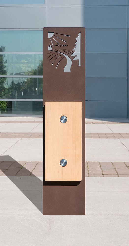 CustBollard_3181_web.jpg