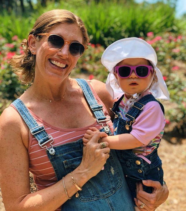 As much as I've resisted buying a ton of #maternity clothing, I was really missing my beloved #overalls so I did some searching. I was not about to throw down a hundo (or more) which was most of what I found, but then I came across these beauties for a great price + sale + coupon (be still my thrifty heart!). Also I'm stealing my niece. The end. • • • #bumpstyle #bump #babymama #pregnancy #pregnant #instamom #pregnancystyle #ootd #ootdfashion #ootdstyle #whatiwore #wiwt #wiw #maternityshoot #maternityfashion #maternityclothes #bumpin #pregnantfashion #pregnantbelly #maternityfashion #momtobe #mommytobe #pregnancytips #maternitytips #momtips #outfitpost #motherhood