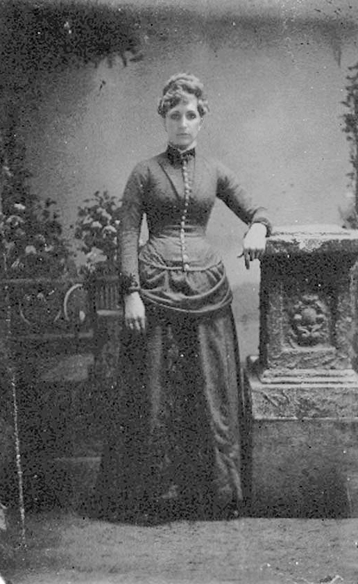 selfportrait as a victorian.jpg