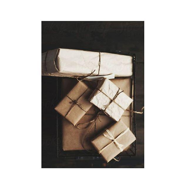 We've been busy wrapping orders for Christmas.... 🎄 . . #busy #gettingitdone #ontarget #brownpaperpackagestiedupwithstring #string #brownpaper #royalmail #postagestamps #notlongnow #christmas🎄
