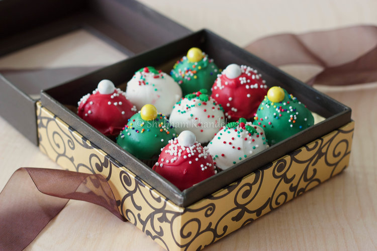 Christmas Themed Cake Bites Gift Box Shubh Kitchen