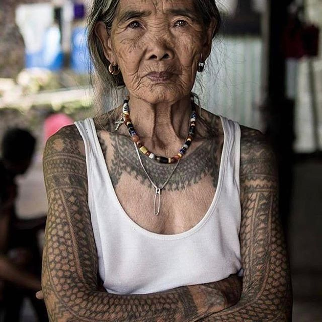 We all want to be her. #lifegoals repost: @thefadmia #tattoo #culture #freespirit #beautiful #people #photogenic