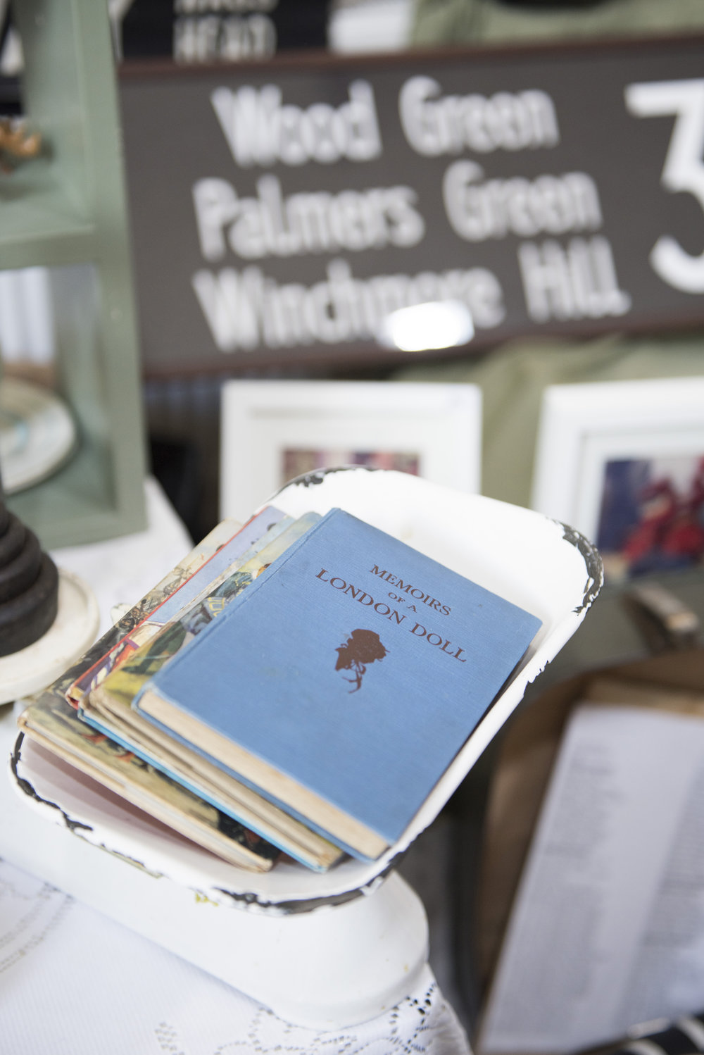 Vintage books tempting shoppers on the stall of @so_sally_vintage as well as her ever popular bus blinds