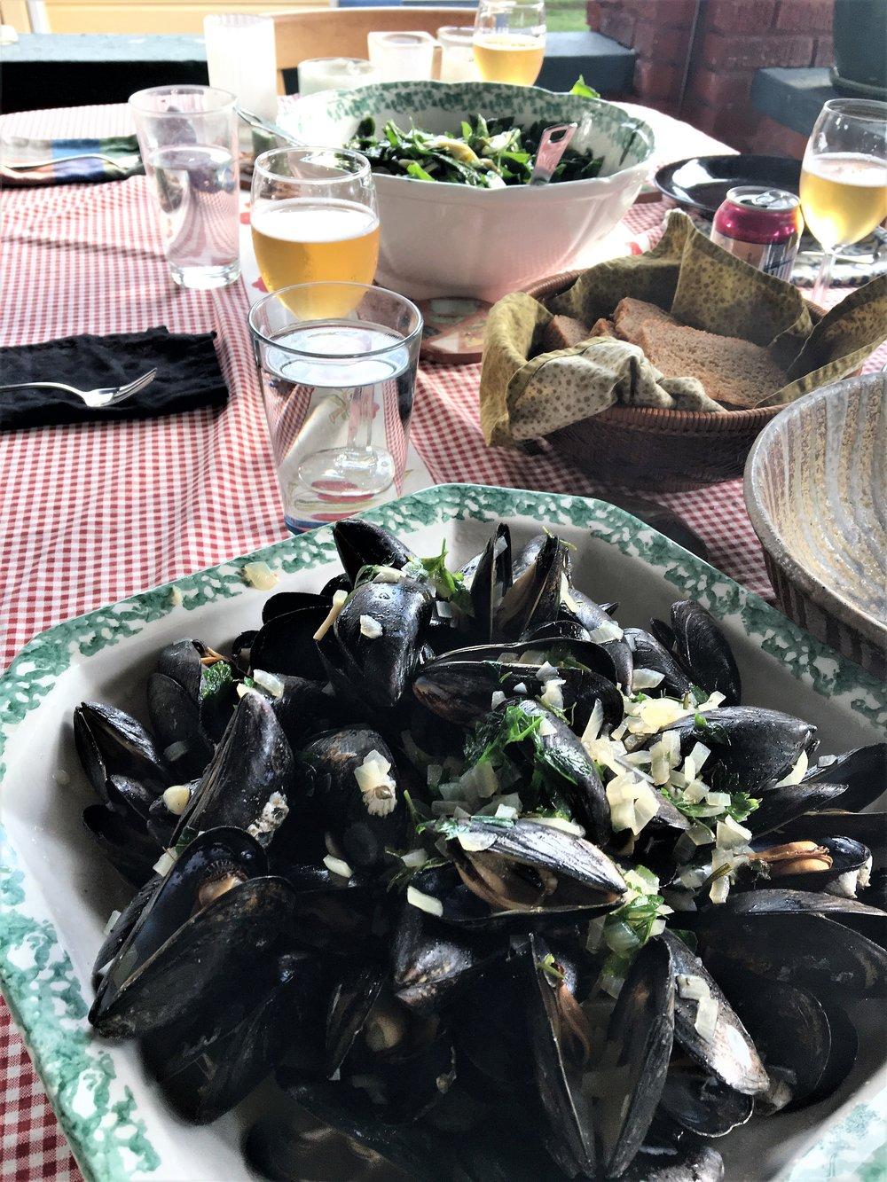 Mussel dinner.JPG