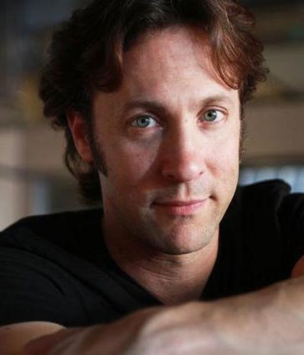 David Eagleman Image.jpg