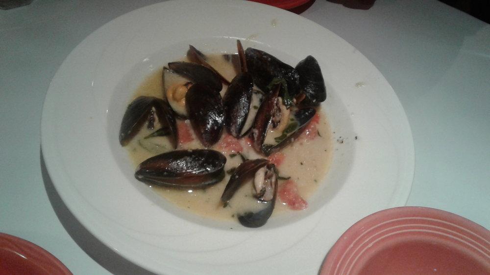 Cafe Figaro mussels.jpg