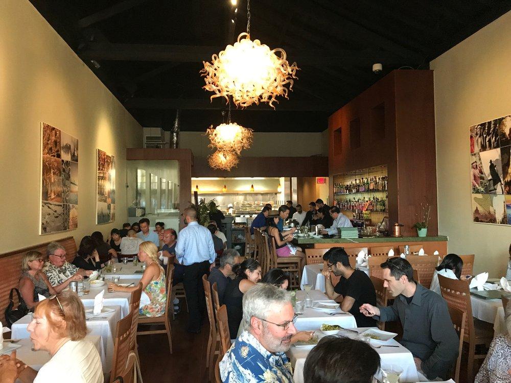 Restaurant Indoor Pix IMG_1280.jpg*.jpg
