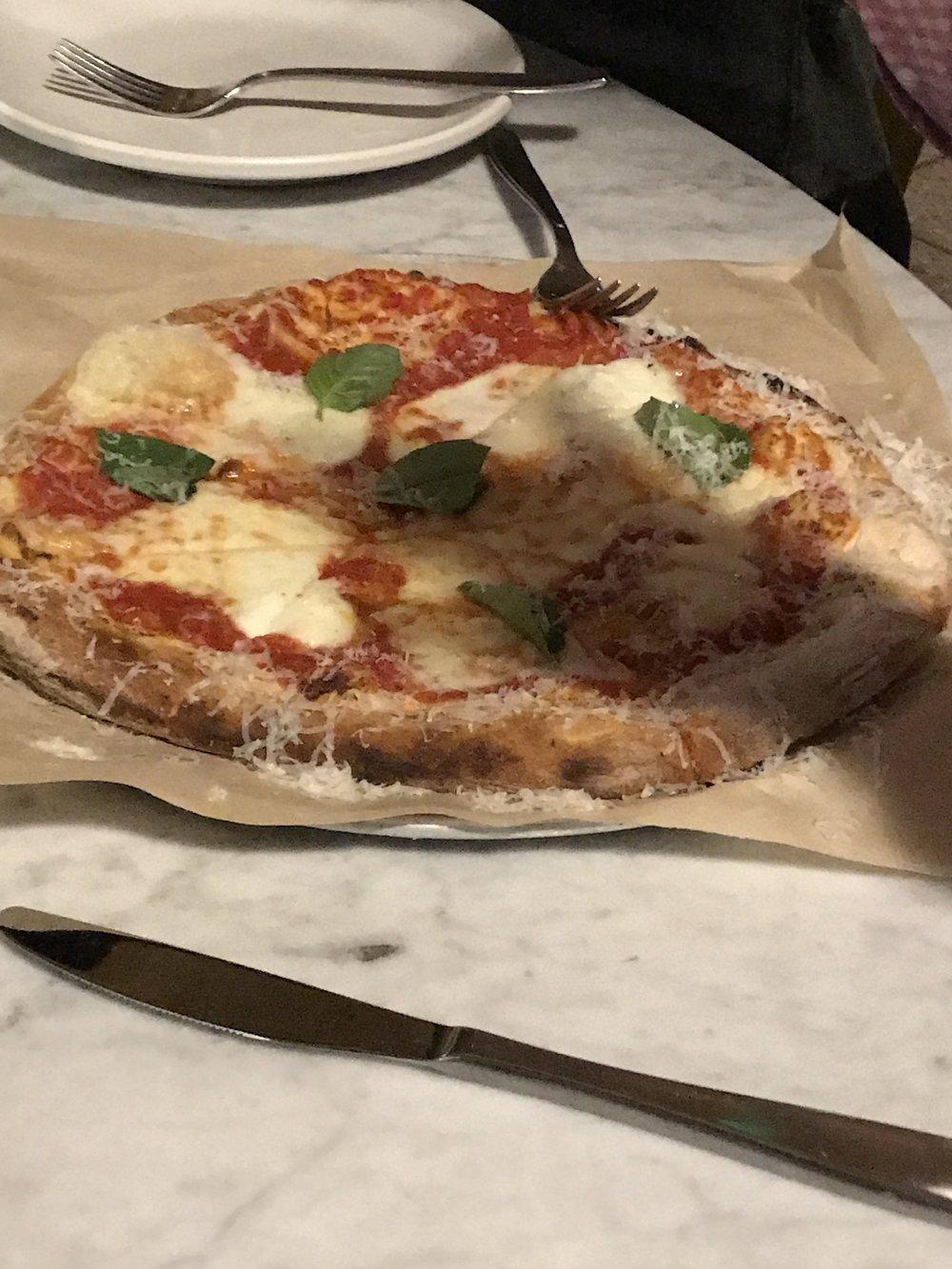 Pizza Margarita IMG_2274.JPG