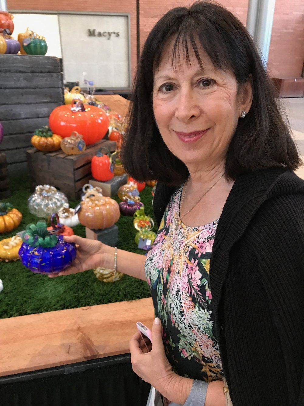 Cecile Pumpkin Blown Glass shopping IMG.jpg *1.jpg