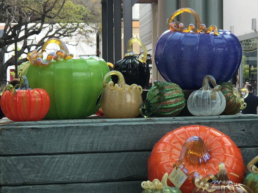 Glass pumpkins medium IMG_1456.jpg *4.jpg