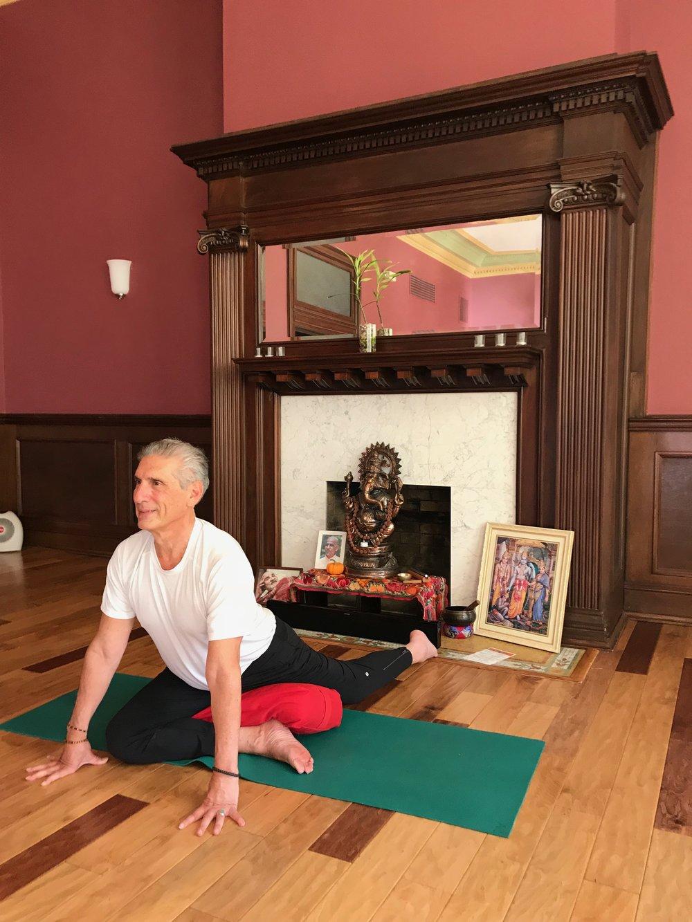 Yoga Proud PidgeonIMG_3313.jpg*.jpg