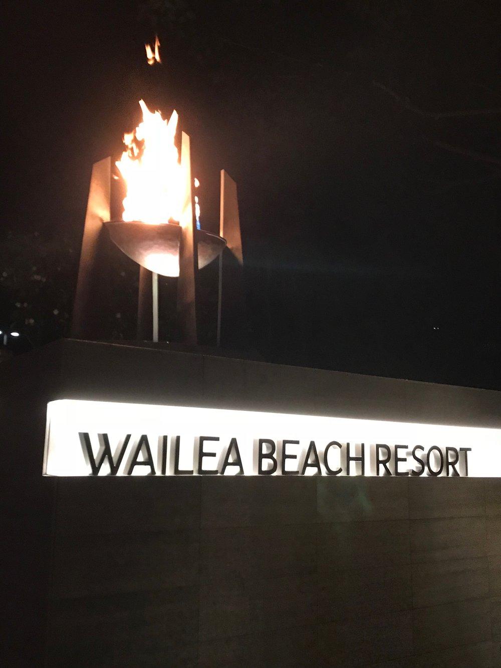 Wailea Beach Resort w torch night.jpg*.jpg