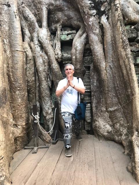 Dennis Ta Prohm (Big Tree) hands in prayer.jpg*.jpg