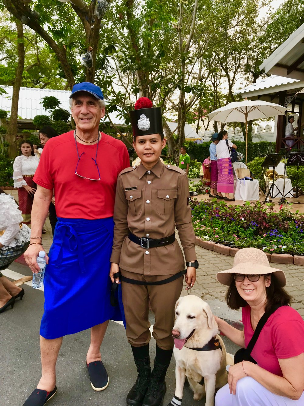 Cecile, Me, Police woman & Dog.jpg*.jpg