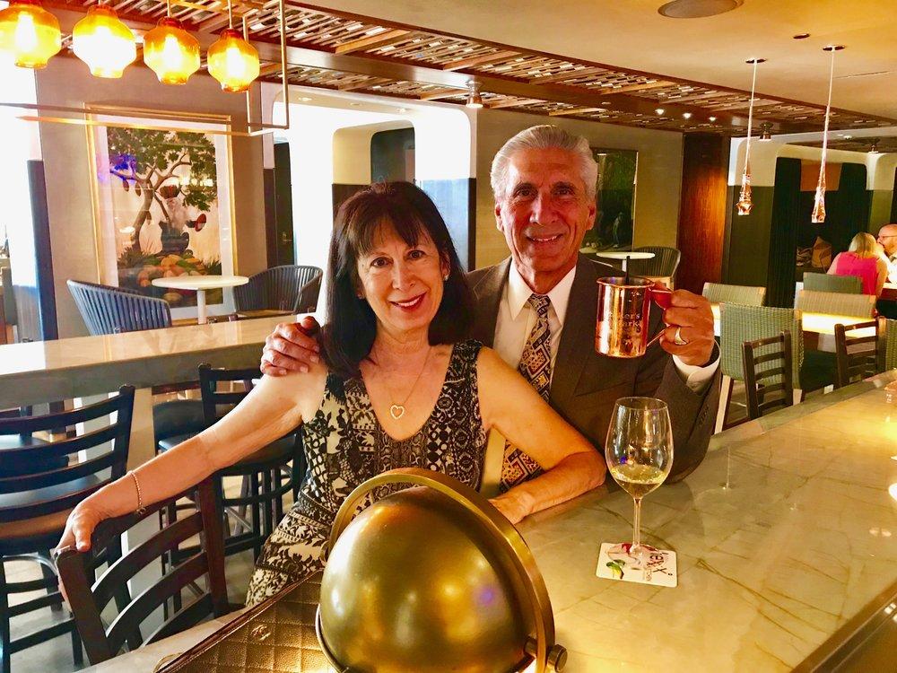 Den & Cecile best having drink.jpg*.jpg