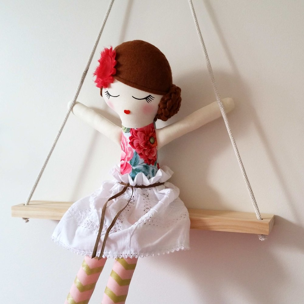 swingingdolls.jpg