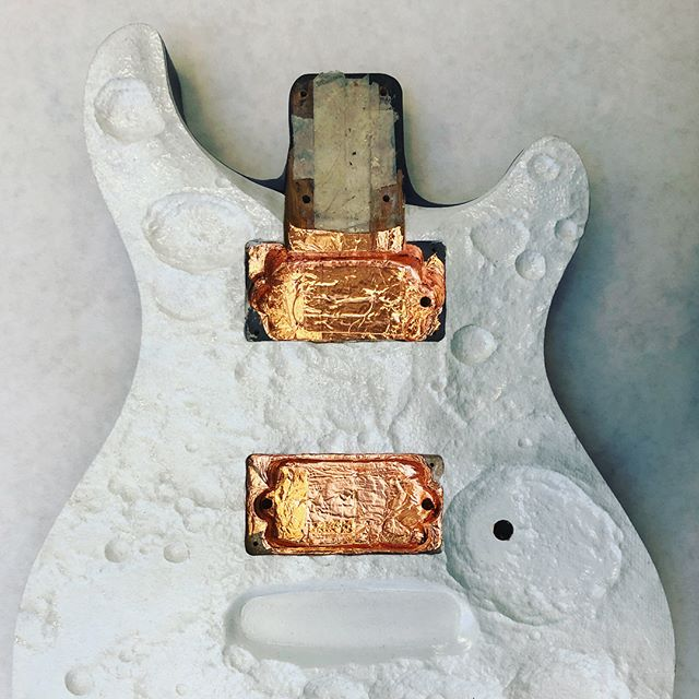 Insulating all the electronics with some nice copper over conductive paint. 95% there. • • • • • #lunar #moon #crater #lunarsurface # #craters #customguitar #customguitars #guitar #electricguitar #prs #musicalinstruments #industrialdesign #industrialdesigner #industrialdesignstudent #design #designer #designstudent #designmilk #designporn #designmilkeveryday #prsguitars #maker #luthier #conceptguitars #guitarart #guitargasm #guitarmaker