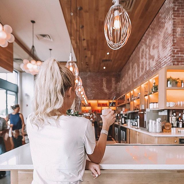 Frosé y'all. 🌸 Photo: @tayloryvonnemeadows