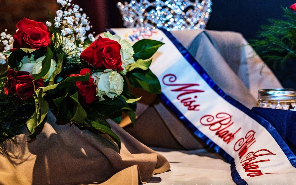 Miss Black USA - 15042096_858790290925965_5531213216991692755_o_preview.jpg