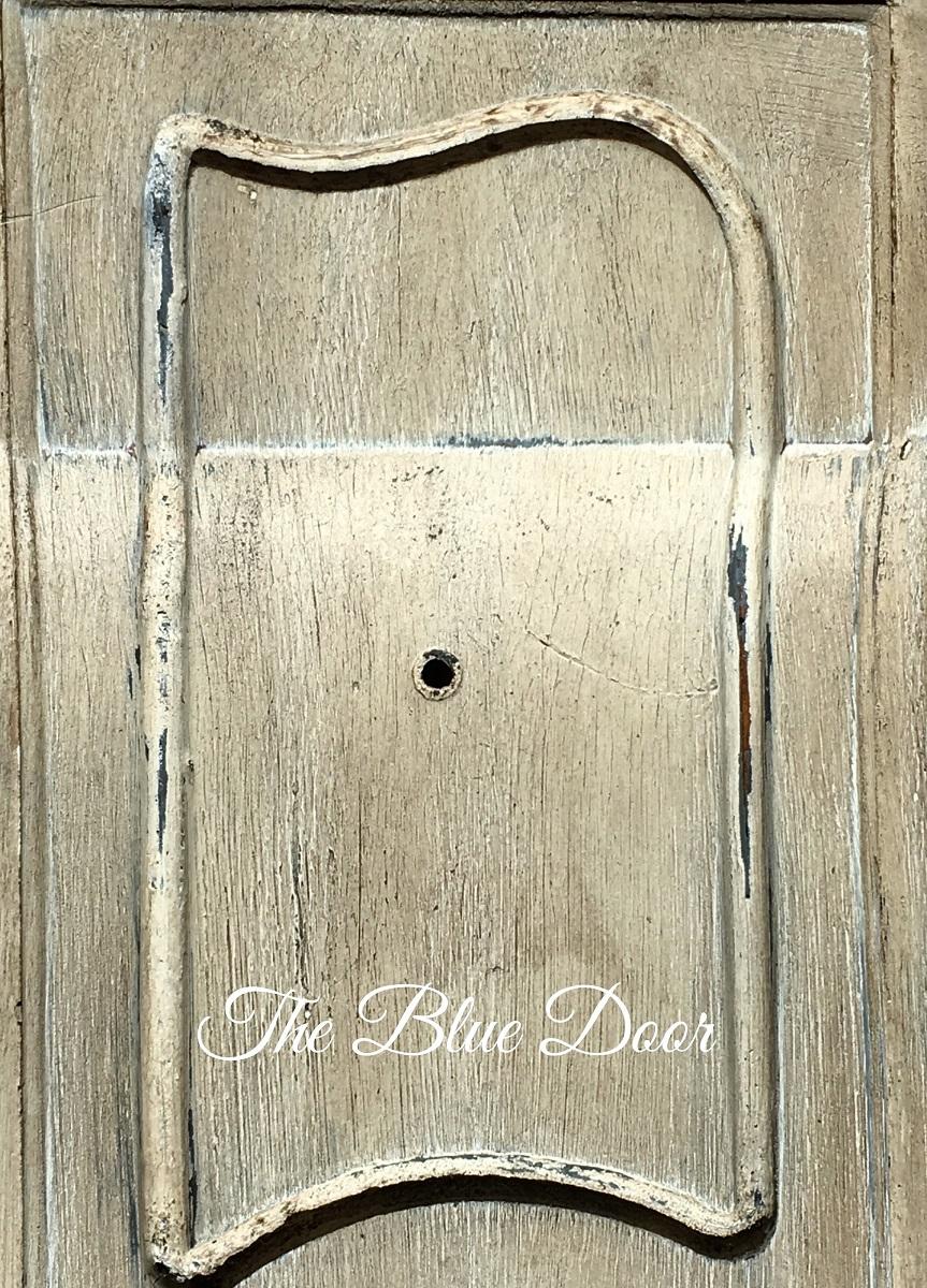 Cabinetdoor2.jpg
