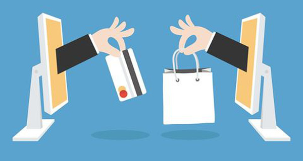 Doanh thu khoảng 1,5 tỷ đồng/năm, các shop online đang bán gì?