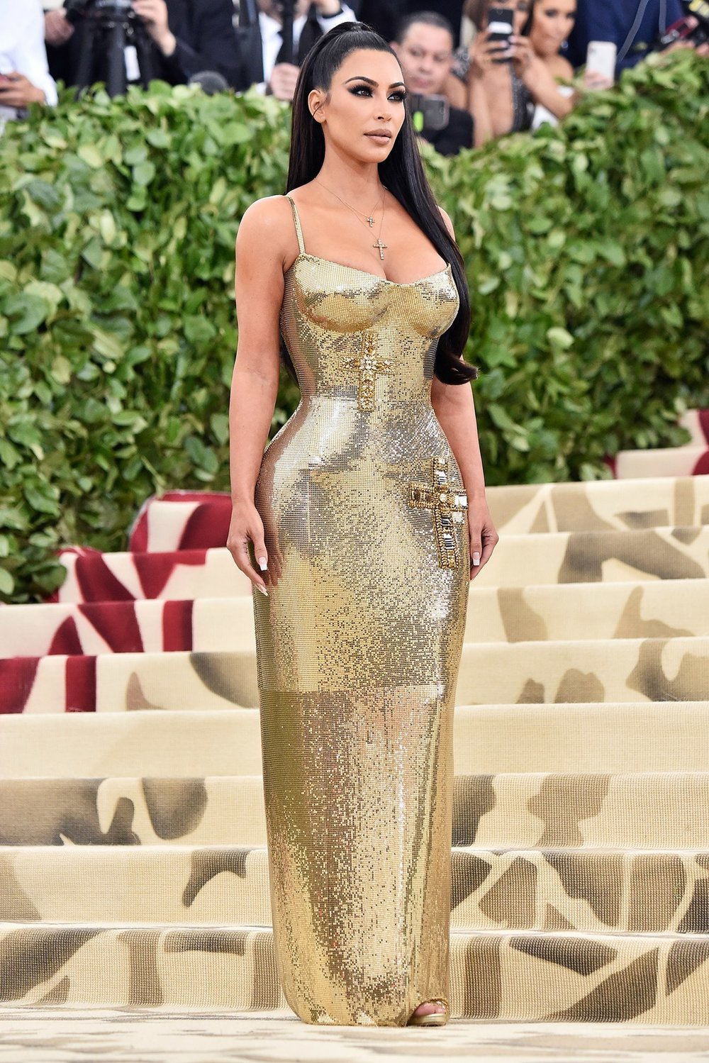 Kim Kardashian West in Versace