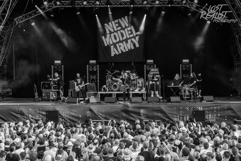 NEW MODEL ARMY // A Summer's Tale